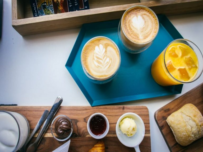 The 7 Best Breakfast Cafes And Places in Faro, Portugal